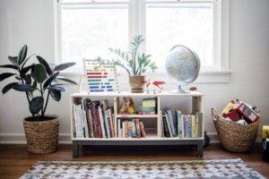 książki dla dzieci - nornas ikea w pokoju dzieciecym